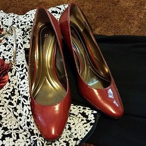 Naturalizer ruby pumps